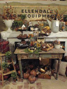 Round Barn Potting Company: Vintage forever