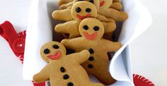 Recette Biscuits de Noël au gingembre - CôtéMaison.fr Biscuits, Cake Cookies, Gingerbread Cookies, Cookie Recipes, Yummy Food, Desserts, Saint Nicolas, Ginger Bread, Holidays