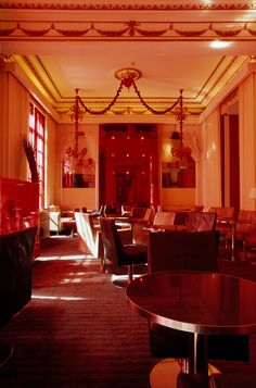 Hotels in Paris (France) Home Still, Paris Hotels, American Soldiers, Hotel S, Guest Rooms, Paris France, Travel Inspiration, Army, Restaurant