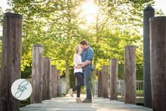 Perspective + dock + adorable couple = amazing engagement photo! Photo by High Contrast Photography. Taken at the Havre de Grace promenade. #engagement #engagementphoto