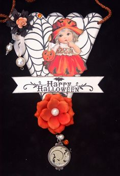 halloween cutie....would be neat on an altered bottle....