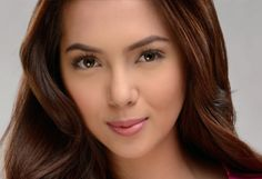 Get to know the star ~ Julia Montes Filipina Actress, Filipina Beauty, Child Actresses, Child Actors, Star Magic, All Grown Up, Celebrity Houses, Pinoy, Asian Woman
