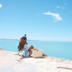 "218 Likes, 9 Comments - Jandira Ortega (@jandiraortega) on Instagram: ""An ocean breeze puts a mind at ease  . . . . . . . . . #passionpassport #hawaii #oahu…"""