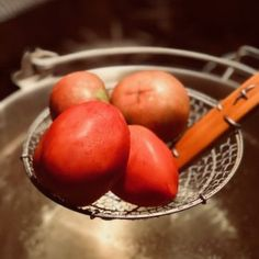 This is post isn't about ways to can tomatoes, how to can tomatoes or preserving your tomatoes. It's about the simple way of preparing your tomatoes for any of the aforementioned methods of preserving your tomato crop. What's Your Favorite Recipe, Favorite Recipes, Canning Whole Tomatoes, Joy Of Cooking, How To Can Tomatoes, Simple Way, Preserves, Stew, Harvest