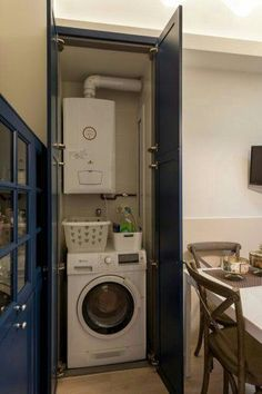 82 Remarkable Laundry Room Layout Ideas for The Perfect Home Drop Zones - homelovers Laundry Room Layouts, Laundry Room Bathroom, Small Laundry Rooms, Laundry Room Organization, Laundry Room Design, Laundry Cupboard, Utility Cupboard, Room Interior, Interior Design Living Room
