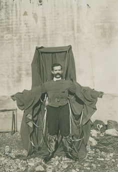 Death Jump – Story of Franz Reichelt Jumps Off the Eiffel Tower on 4th February 1912 (Including Shocking Video)