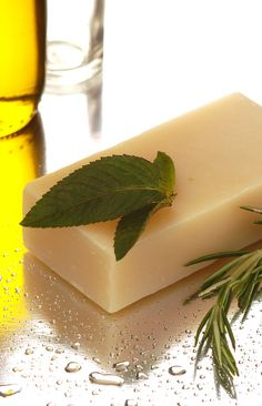 Rosemary and Mint Lush Shampoo Bar for Red Heads / Brunettes - made in Tasmania