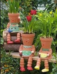 Muñecos hechos con macetas  #garden #diy #deco #jardin #ideas