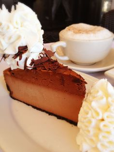 The Cheesecake Factory Happy National Chocolate Mousse Day! Chocolate Mouse Cheesecake, Cheesecake Mousse Recipe, Cheesecake Recipes, Dessert Recipes, Cheesecake Factory Restaurant, Cheesecake Factory Copycat, Chocolate Recipes, Chocolate Cheese, Dessert Chocolate