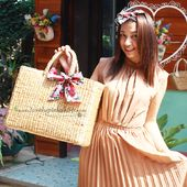 กระเป๋าผักตบ / กระเป๋าผักตบชวา / กระเป๋าสาน ขายส่ง จำหน่ายทั้งปลีกและส่ง // water hyacinth bag// กระเป๋า decoupage [Engine by iGetWeb.com] Straw Bag, Diy, Bags, Fashion, Handbags, Moda, Bricolage, La Mode, Dime Bags