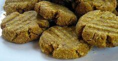 Biscoito de banana para cães - Esta é mais uma excelente opção de petisco para cães. Os petiscos feito em casa são muito mais saudáveis do ...