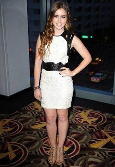Red Carpet Buzz: Lily Collins  - ELLE.com