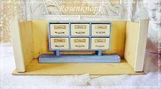 Vintage Puppenhäuser - KAUFLADEN Gehäuse Vintage Shabby Kinderspielzeug - ein Designerstück von rosenknopf bei DaWanda