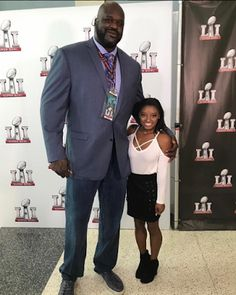 Welcome to Oghenemaga Otewu's Blog: Check out this photo of Shaquille O'Neal and Simon...