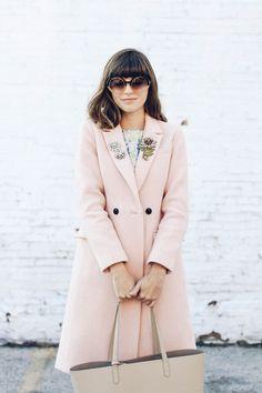 Image Via: Emilee Anne wearing vintage brooches
