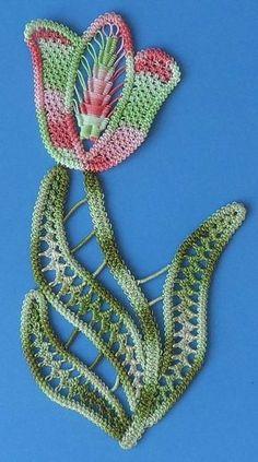 Romanian Point Lace Kit Tulip No.139Ccol