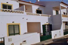 Almograve tiene una de las playas más bonitas de la costa de Alentejo #Portugal. Esta preciosa casa está disponible para un intercambio. Relax y buen clima!