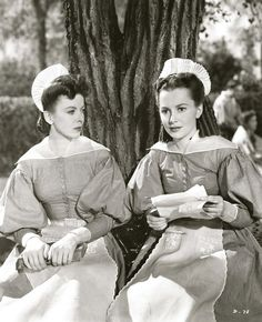 Ida Lupino and Olivia de Havilland are such devoted sisters in the free with the facts biopic of the Brontes, Devotion - I'd love to see this peach again. Classic Actresses, British Actresses, Actors & Actresses, Hollywood Actresses, Classic Hollywood, In Hollywood, Vintage Hollywood, Akira, Divas