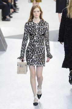 Défilé Louis Vuitton Automne-hiver 2015-2016 Prêt-à-porter -...