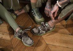 PUMA X Fenty Rihanna Bow And Slide #Sneaker #gilr #rihanna #puma #pumarihanna #pumafenty #sneakergirls #pumaxrihanna