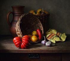 35PHOTO - Елена Татульян - С помидорами