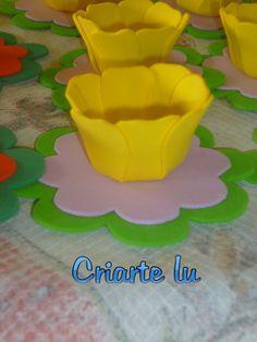 forminha para doces em eva em formato de flor