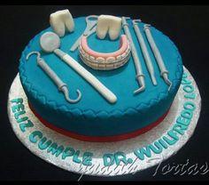 """Torta decorado y modelado con fondant """"Herramientas Odontologicas"""""""