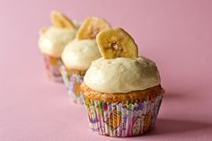 Banana cupcakes with vanilla pastry cream!