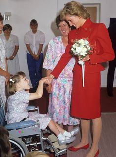 princess diana charity | Princess Diana visits the East Anglia's Children's Hospice in Milton ...