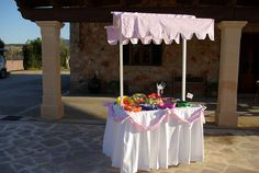 Alquiler de Carro de Chuches,dulces o saladitos para resopón Bodas,o cualquier celebración.