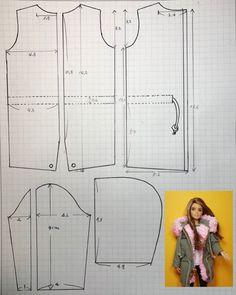 Diy Doll Clothes No Sew, Sewing Barbie Clothes, Barbie Sewing Patterns, Doll Dress Patterns, Crochet Doll Clothes, Sewing Dolls, Barbie Kleidungsmuster, Barbie Dolls Diy, Accessoires Barbie