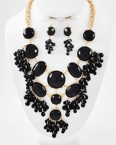 Gold Tone / Black Acrylic / Lead Compliant / Cluster / Necklace & Fish Hook Earring Set