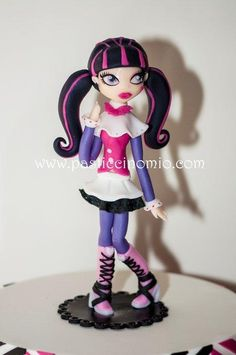 "Monster High ""Draculaura"" That's me! I've got her!!!"