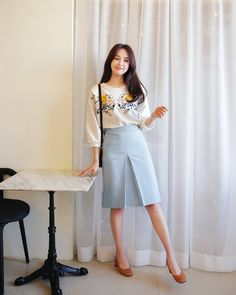 korean fashion styles in 2019 корейская мода, Fashion Moda, Cute Fashion, Modest Fashion, Skirt Fashion, Daily Fashion, Fashion News, Fashion Outfits, Fashion Styles, Women's Fashion