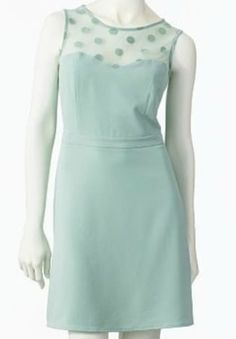 Size 12. Perfect for this winter season palette of pastels.