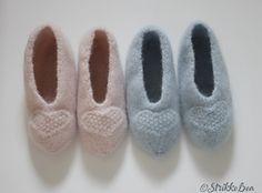 Tova tøfler med hjertepynt i 100% ull. Slippers, Pattern, Fashion, Moda, La Mode, Patterns, Fasion, Slipper, Model