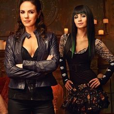Lost Girl Renewed for Season 4 on Syfy -- The network has ordered 13 new episodes of this supernatural series, set to debut in early 2014. -- http://wtch.it/bGIT9