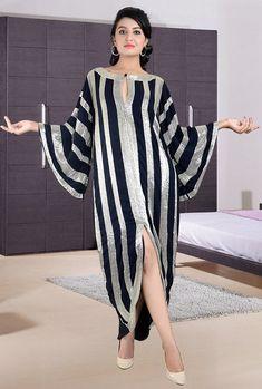 Artículos similares a Long Dress Womens Kaftan Abaya Caftan Maxi Dress Dubai Kaftan Wedding Kaftan Gown Plus Size Kaftans IN BLACK en Etsy African Maxi Dresses, Latest African Fashion Dresses, African Attire, Abaya Fashion, Muslim Fashion, Fashion Outfits, Plus Size Maxi Dresses, Casual Dresses, Mode Abaya
