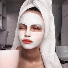 mask aesthetic girl Selfcare done rightYou can find Selfies and more on our website.mask aesthetic girl Selfcare done right Chemisches Peeling, Mascara Hacks, Selfies, Foto Top, Best Face Mask, Face Masks, Face Face, Diy Face Mask, Face Skin