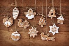 Biscuits in Design of Christmas Items, All Seem Delighted and Happy, Mood is Happy Enough – Creative Christmas Wallpaper Hanging Christmas Tree, Christmas Tree Decorations, Christmas Tree Ornaments, Clay Ornaments, Easy Christmas Cookie Recipes, Christmas Baking, Christmas Crafts, Christmas Christmas, Christmas Ideas