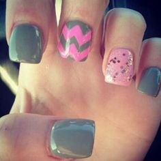 Cool Chevron Nail Art