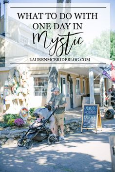 Looking for family-friendly places in Mystic? Here's What to Do with One Day in Mystic Connecticut including family activities and restaurants! Places To Travel, Travel Destinations, Places To Visit, Mystic Connecticut, East Coast Road Trip, Travel Photos, Travel Tips, Travel Hacks, Travel Packing