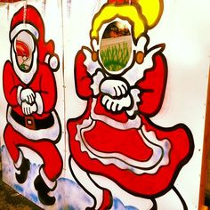 Christmas Gangnam Style *** my son would love this just not an artist :0)