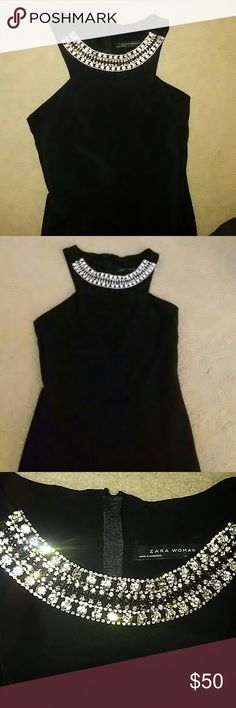 Holiday black dress Stuning classy elegant zipper back below knee streachy Zara Dresses Midi