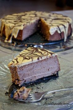 I've never made a cheesecake before. I don't really even like cheesecake. I'm a CRAZY person for not liking cheesecake. Chocolate Peanut Butter Cheesecake, Peanut Butter Recipes, Chocolate Desserts, Chocolate Cheese, Caramel Cheesecake, Chocolate Chocolate, Cupcakes, Cupcake Cakes, Just Desserts