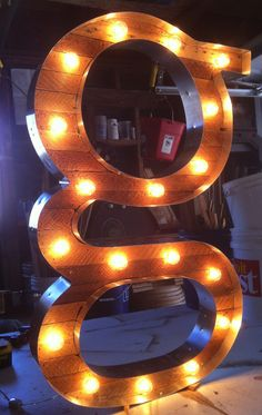 Serified G Marquee Light by Scott Coppersmith Designs. Marquee Sign, Marquee Lights, Diy Letters, Letters And Numbers, Feature Wall Design, Letter Photography, Letter Wall Art, All Of The Lights, My Art Studio