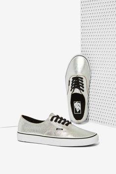 Vans Decon Leather Sneaker