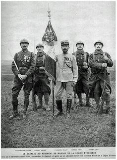Le drapeau du regiment de marche de la legion etrangere