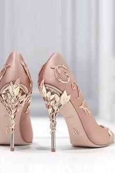 dc1e9ef780c 15 mejores imágenes de Converse wedding shoes en 2019