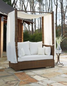 See much more ideas regarding Patio furniture ideas, Decks as well as Outdoor outdoor decking. Daybed Canopy, Patio Daybed, Patio Seating, Lawn Furniture, Diy Outdoor Furniture, Outdoor Decor, Furniture Ideas, Indoor Outdoor, Bedroom Furniture